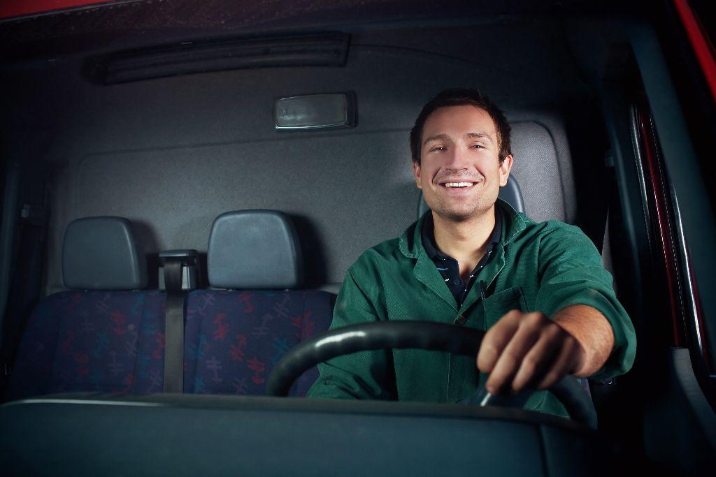 Менеджеры, продавцы и водители - наиболее популярные профессии на рынке труда в Гродно