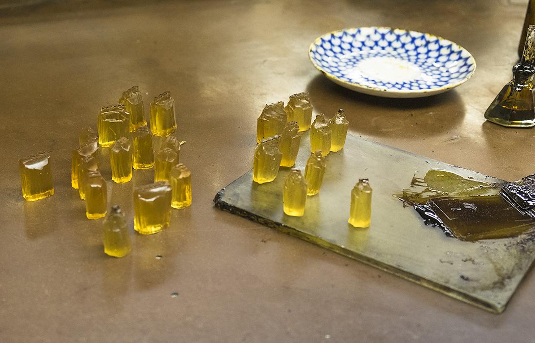 Закулисье редких профессий: чем развести золото и для чего нужна печь размером с многоэтажный дом