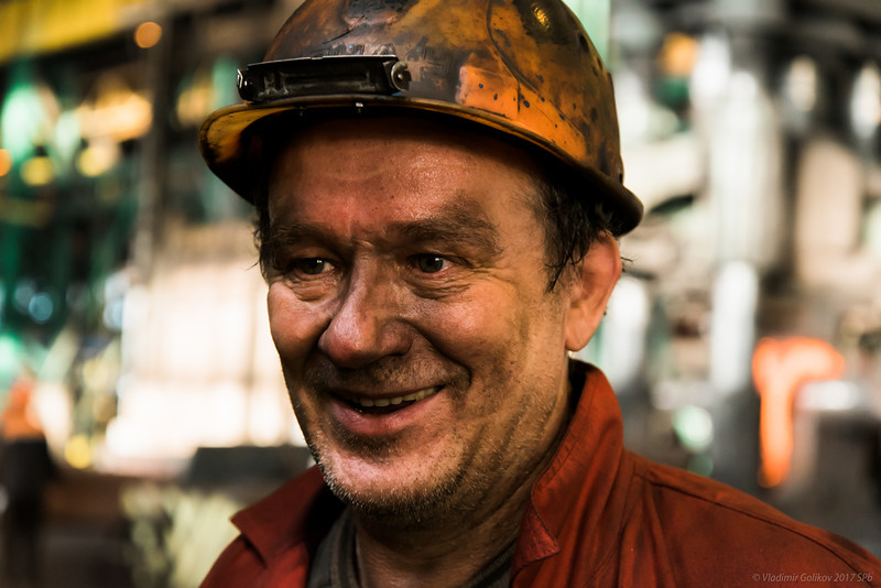 «Закулисье редких профессий»: 50 оттенков двигателей и метровая колбаса