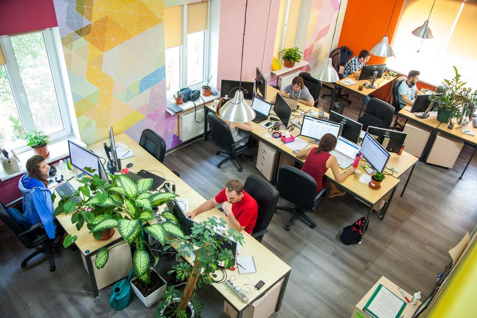 Территория игры, успеха и развития, или 7 причин прийти работать в Lucky Labs