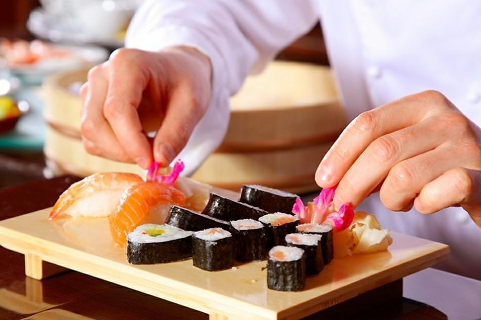 Повар сушист - мастер экзотической кухни
