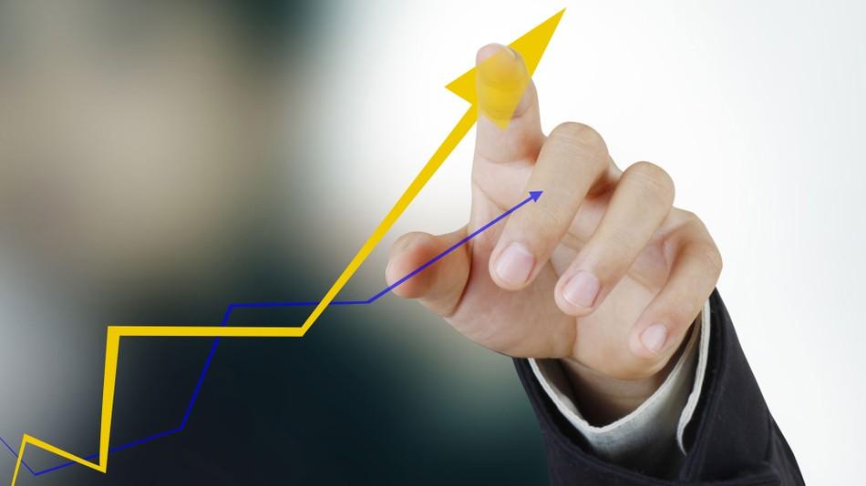 В Украине оживает рынок труда: кому обещают самые высокие зарплаты