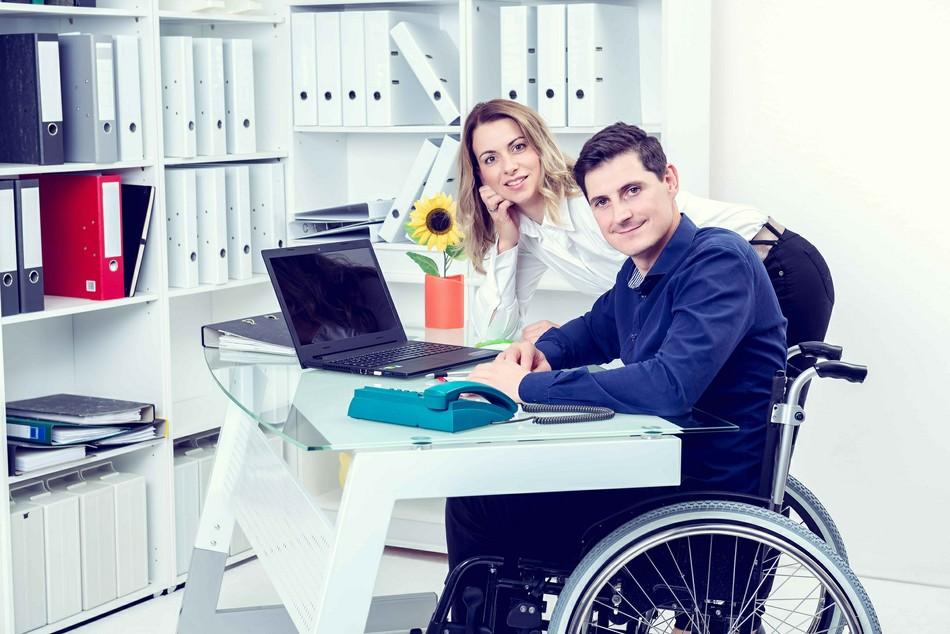 Инклюзия на работе: отношения на равных и готовность помогать