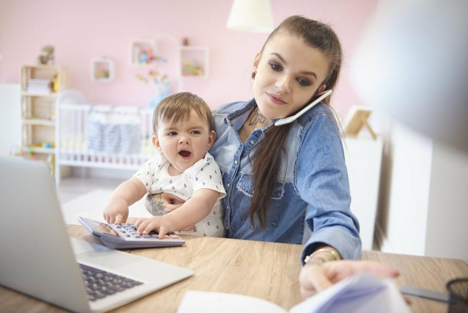 На работу после декрета: проблемы, с которыми сталкиваются молодые родители