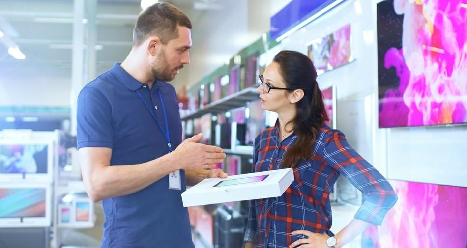 Самые высокие зарплаты февраля: вакансии для продавцов, администраторов и в кол-центре