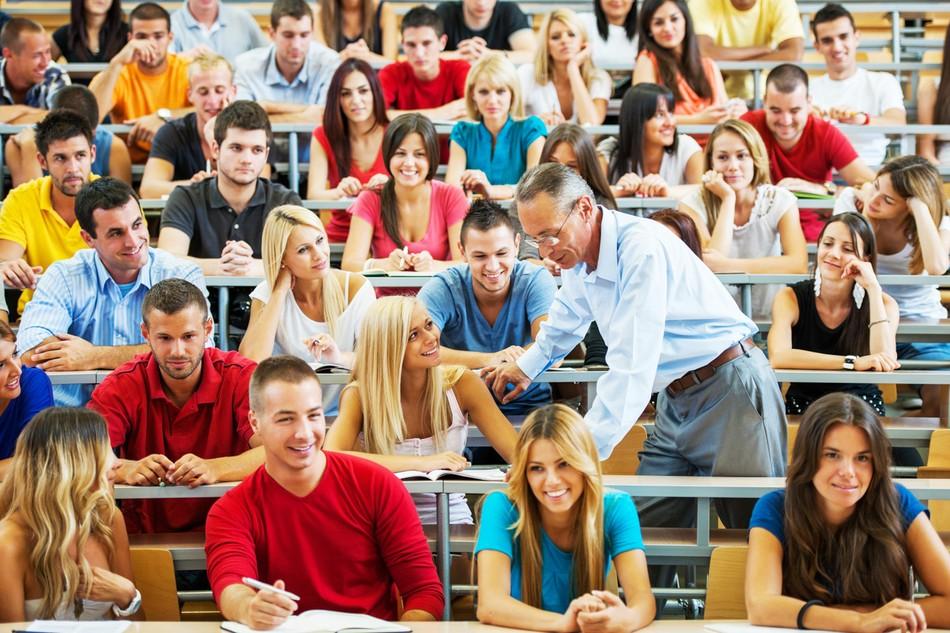 Что дает обучение в вузах и ссузах, кроме диплома?