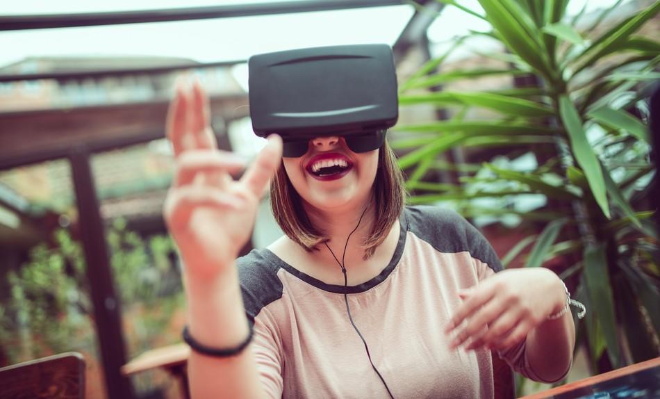 Блокчейн, VR и большие данные: как появляются и завоевывают рынок новые профессии