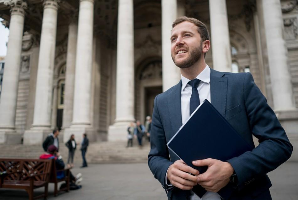 Юрист: как построить карьеру в высококонкурентной области