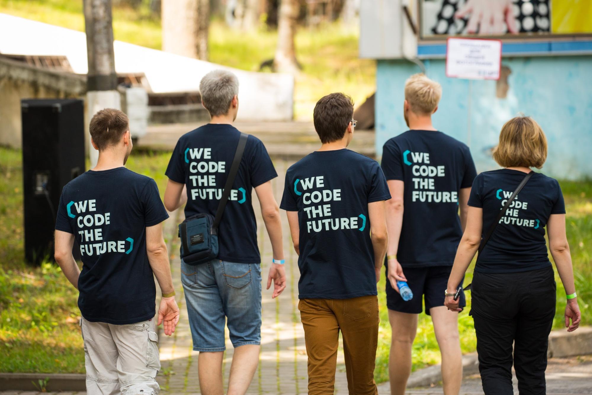 ЦРТ: We code the future. Присоединяйтесь!