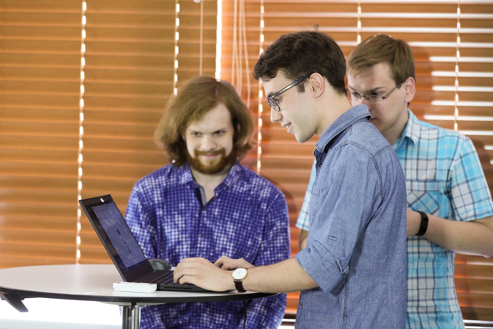 Школа программистов hh.ru выпустила готовых к работе ИТ-специалистов