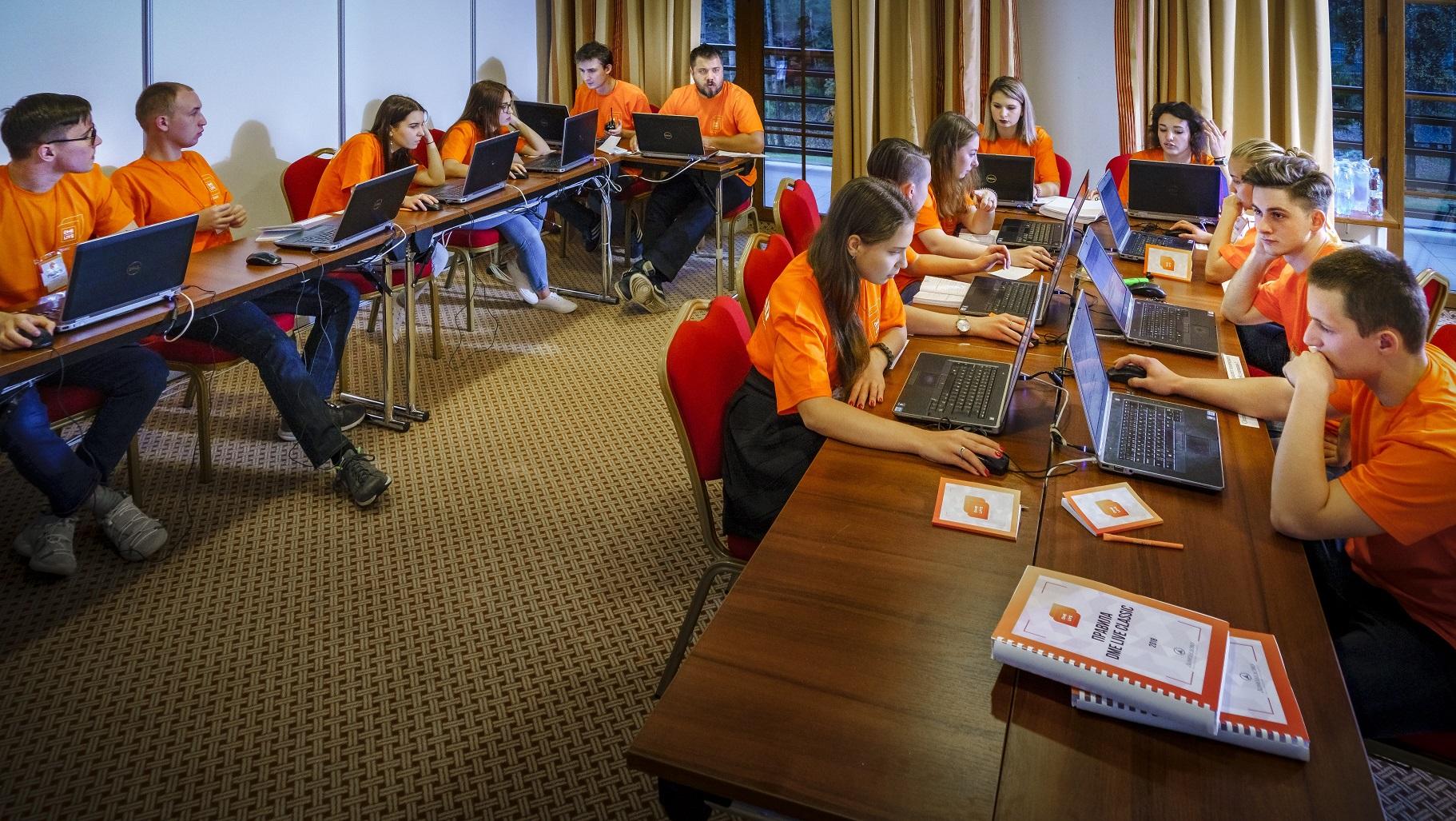 HR-вызов: как обеспечить постоянный приток сотен редких специалистов?