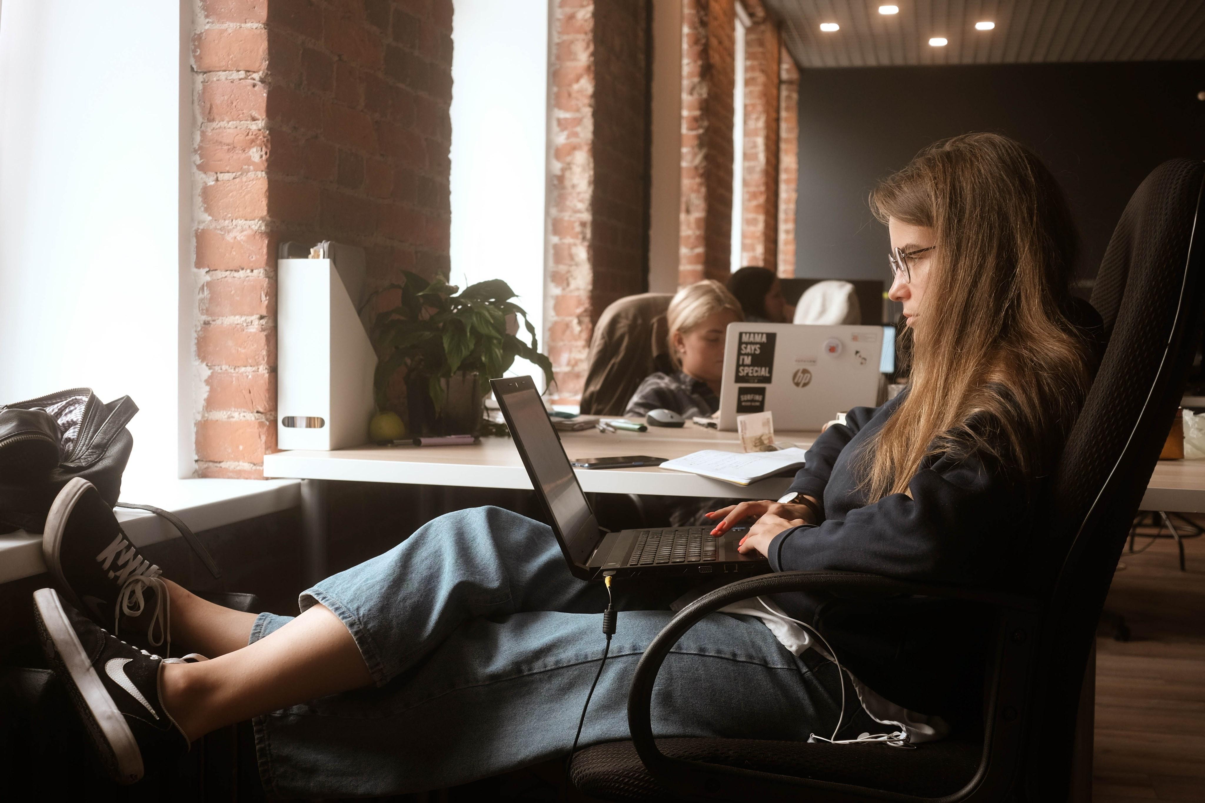 «Первых сотрудников и первых клиентов я искала одновременно»