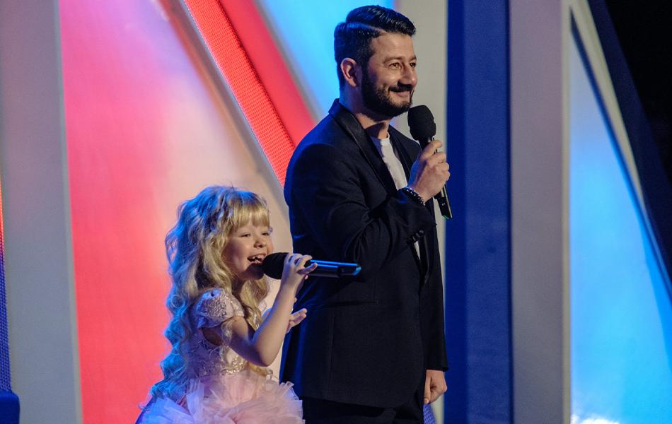 Михаил Галустян и Юлия Михалкова начинают Детский КВН!