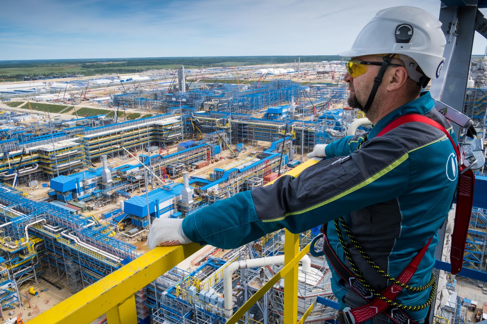 Работа в НИПИГАЗе: крупные проекты и движение вперед
